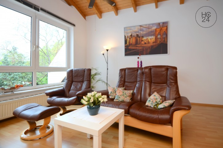 位于Königstädten的带1个房间的配家具公寓