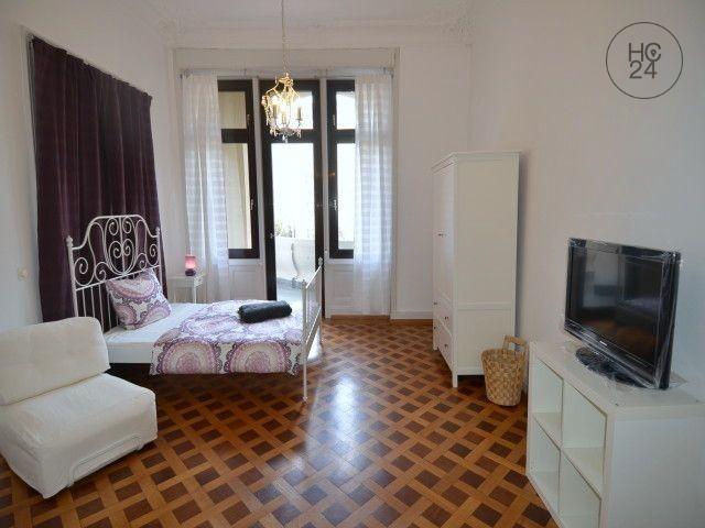 Möblierte 5 Zimmer Wohnung mit WLAN und Balkon in Wiesbaden City