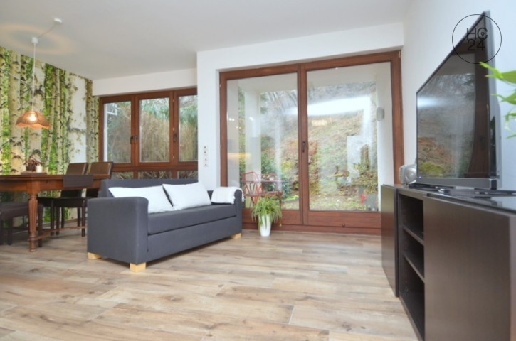 Modern 2-room apartment with patio and excellent connection in Wiesbaden-Rambach.